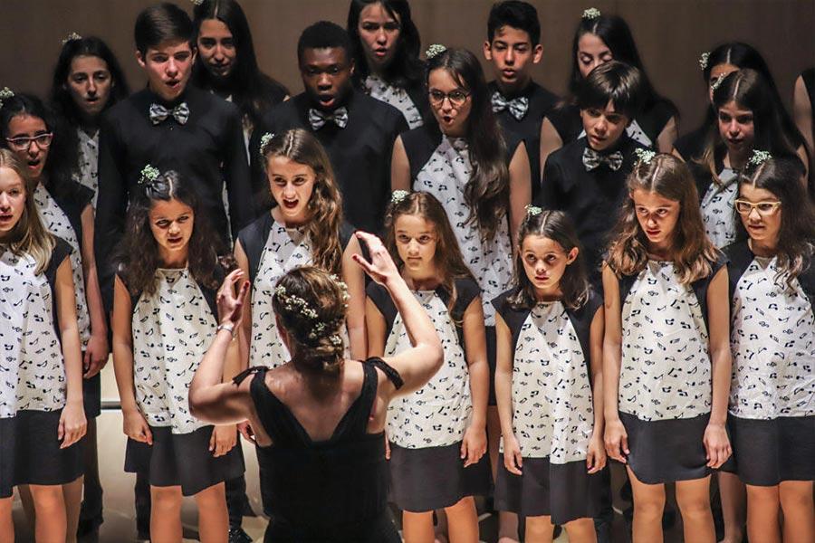 El coro Sinan Kay de Alcorcón, tercer premio en el Certamen Juvenil de Habaneras de Torrevieja